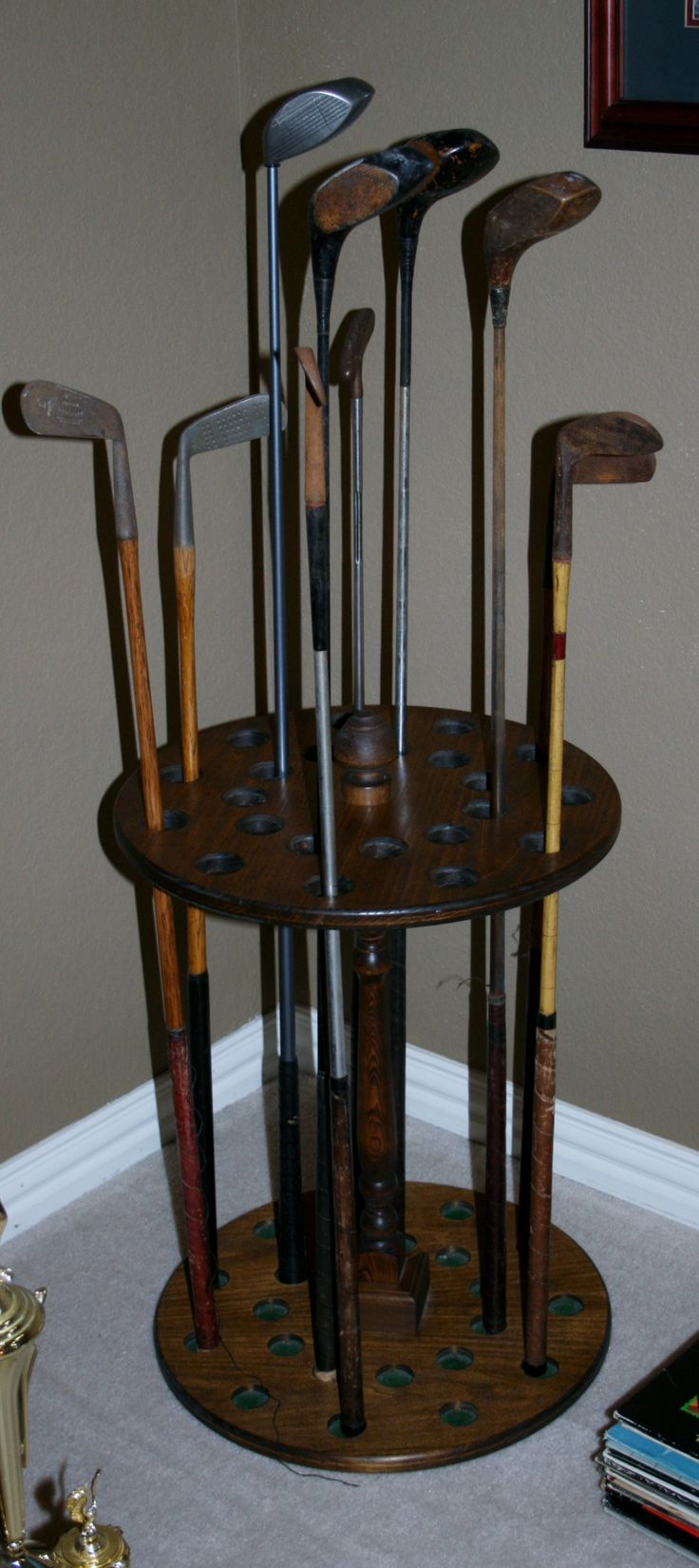 Unique way to display vintage golf clubs (available at 3F's next estate sale)