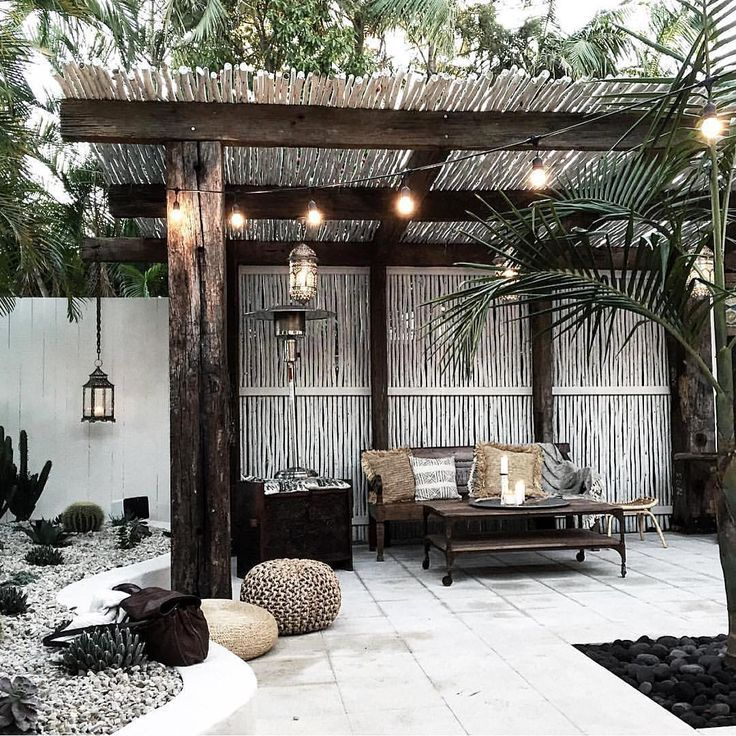 Best 25 outdoor cabana ideas on pinterest cabana diy for Balcony restaurant byron