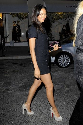 Thandie Newton in a lil black dress. Such a CLOSET MUST HAVE
