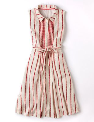 I love the way this is pleated on the center front bodice, creating the variation in stripe size.