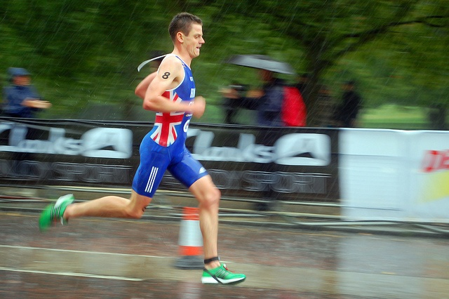 Jonny Brownlee in Hyde Park triathlon test event.