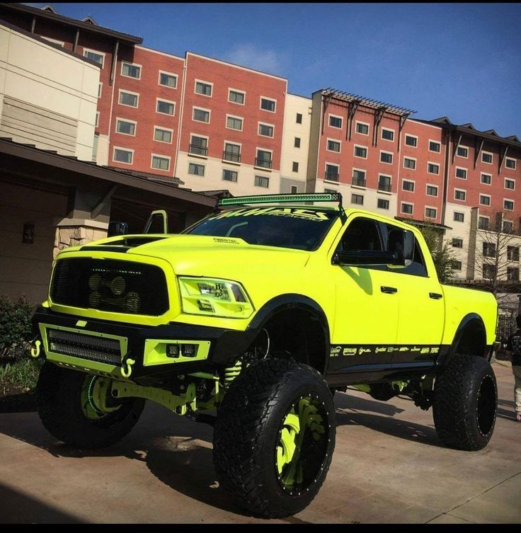 This is a very well done truck! Wow! #MonsterTrucks ...