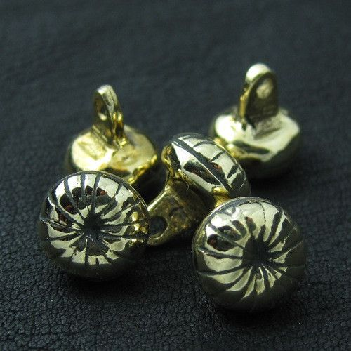 Bronze buttons from medieval Russia from The Sunken City by DaWanda.com