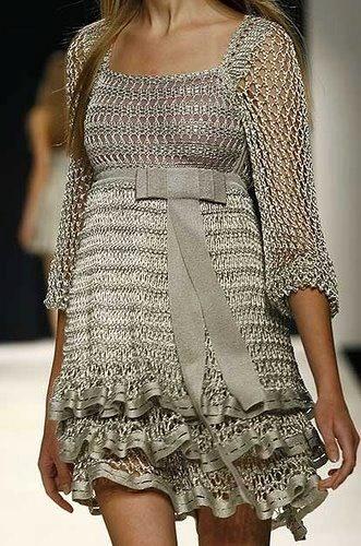 Como no Tempo da Vovó more: http://pinterest.com/gigibrazil/crochet-and-knitting-lovers/
