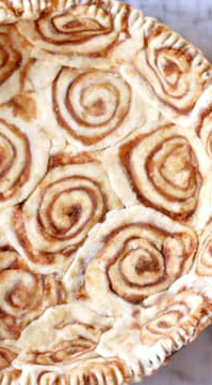 Cinnamon-Roll Pie Crust ~ The gorgeous spiral pattern will have friends and family thinking you spent all day making it, when it really took just 20 minutes.