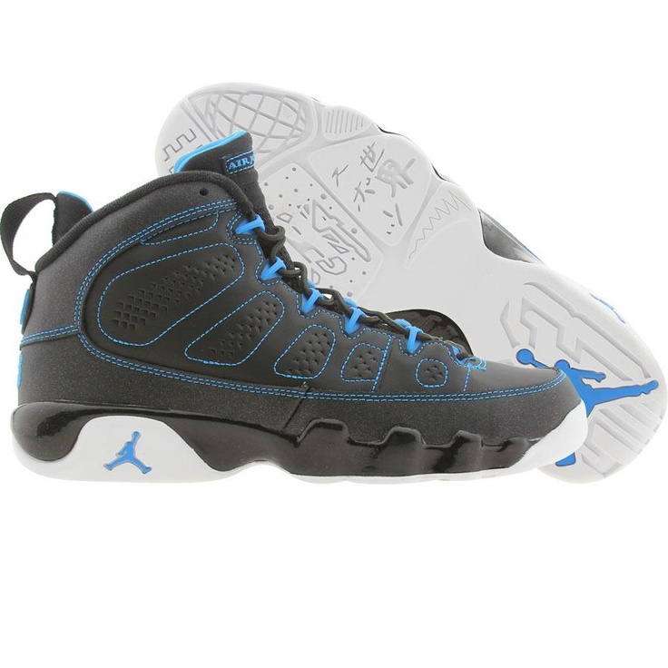 Air Jordan 9 IX Retro (black / white / photo blue)