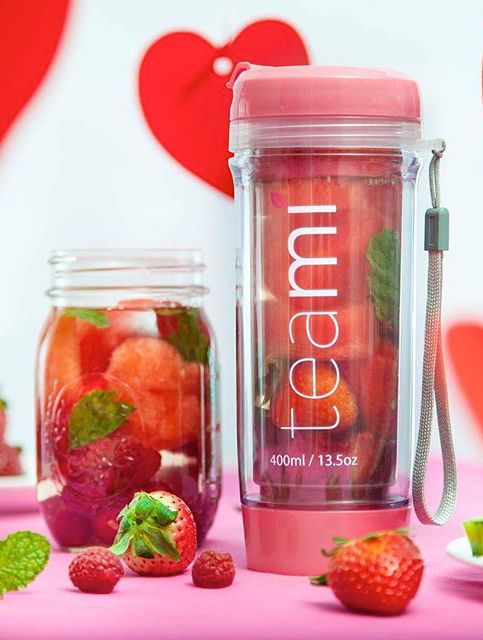 Easy to clean and easy to use, the Teami Tumbler is a great accessory that tea lovers can not live without!