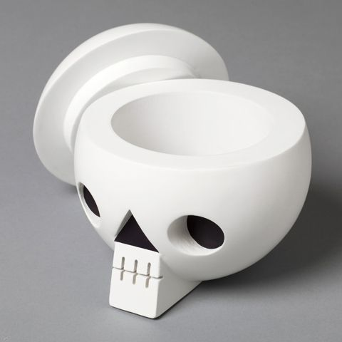 Skull with secret compartment