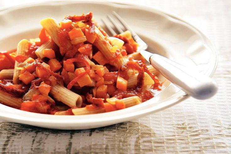 Penne met wortel-tomatensaus - Recept - Allerhande