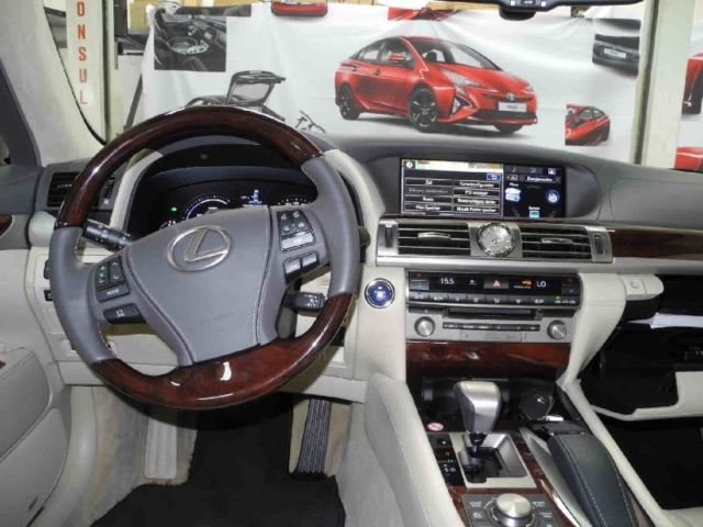 Lexus LS 600h L Wellness Line, ACC/PCS, Pre Crash, SD - Gebrauchtwagen Wesel - Lackas Rhein-Ruhr GmbH