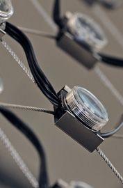 X-LED - osvětlené nerezové sítě X-TEND nerezovými diodami, pro použití reklamy…