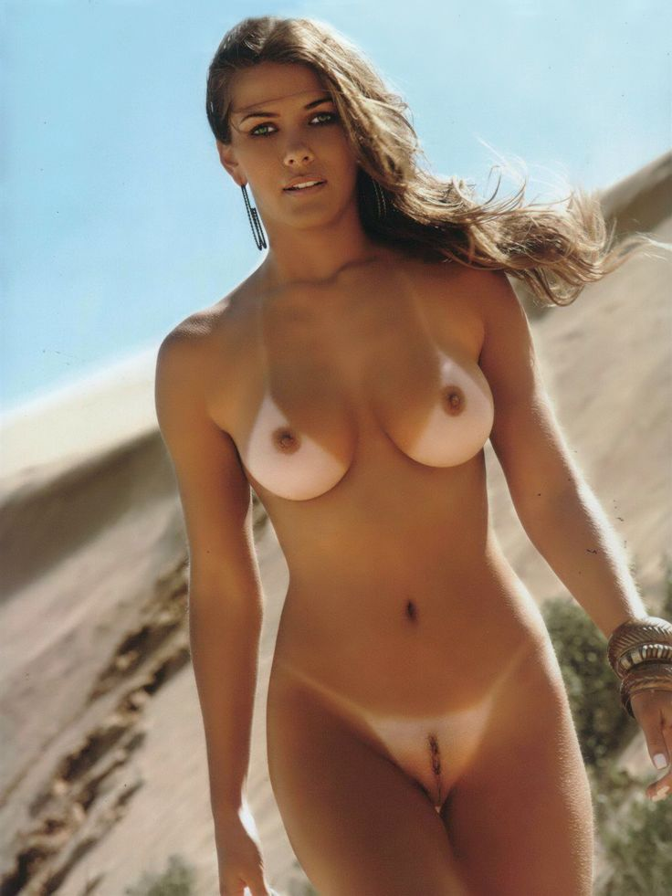 Jennifer holland nude pic