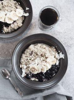 Scandinavian Wellness - Warm Quinoa porridge with coconut and sweet raisins