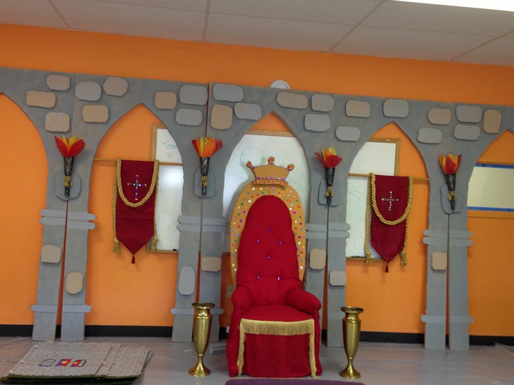 Updated picture of set.  Foam boards will be taped just before set up and then cut apart to transport to the next church.