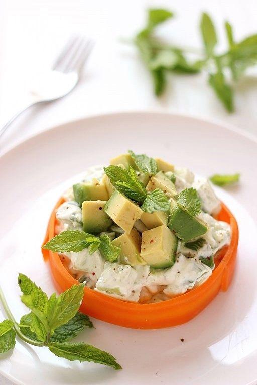 Insalata avocado e cetrioli in salsa di yogurt | MIEL & RICOTTA