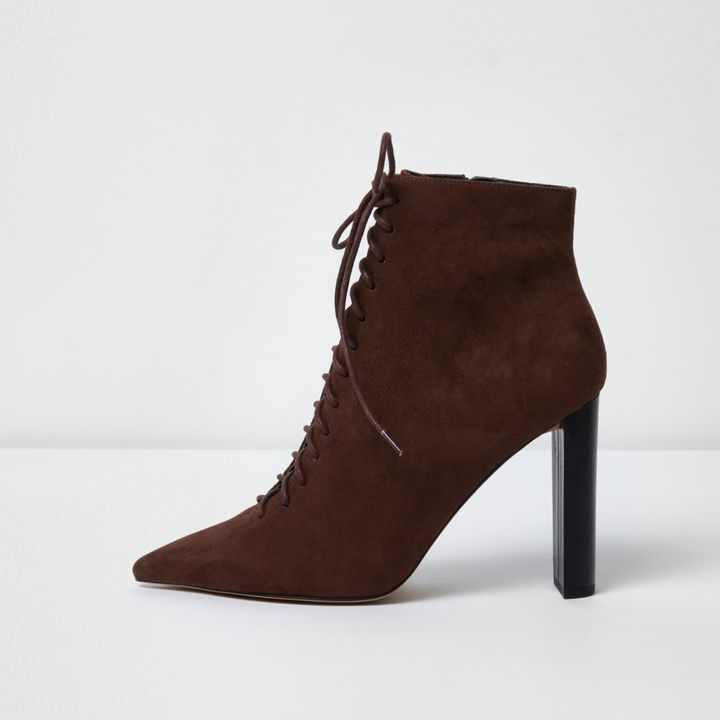 River Island Brown pointed toe lace-up ankle boots  Damenschuhe Mode für Frauen Modetrends Styling Tipps Fashion Mode Frauen Alltag Mode Frauen Büro Herbst-Outfits Mode Frauen Streetstyle Winterbekleidung Damen #herbst #winter #sale #mode #frauen #style #