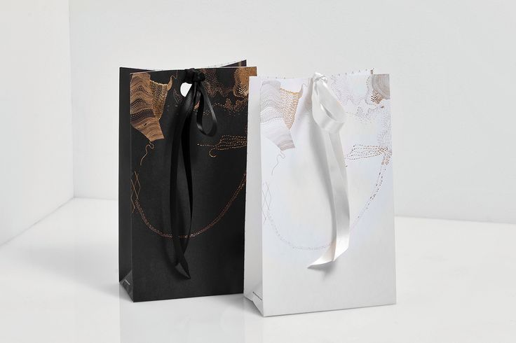 We Love Boutique Bags. by Anagrama Studio