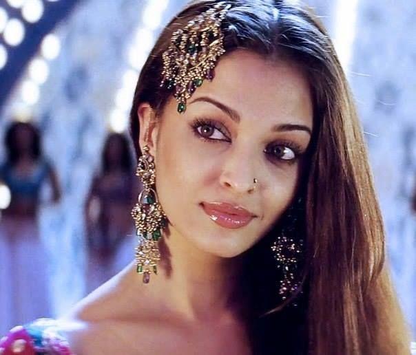 Mehndi Hairstyles With Jhumar : Aishwarya rai jhoomar jewelery acessories pinterest