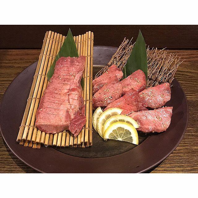 🌸yu_kunに会えました🙌🏻🙌🏻🙆 けど・・・🙄🙄🙄 ご馳走してくれんかったよぉー😭👎 ✧ #焼肉トラジ#toraji#焼肉#トラジ#名物 #生タン塩#上生タン塩#上タン塩#タン塩 #絶品#ダイヤモンドcutタン#肉#牛肉 #和牛#美味#わさび醤油#旨い#happy #晩夜ご飯#夕食#ディナー#dinner #料理#グルメ#delicious#buono