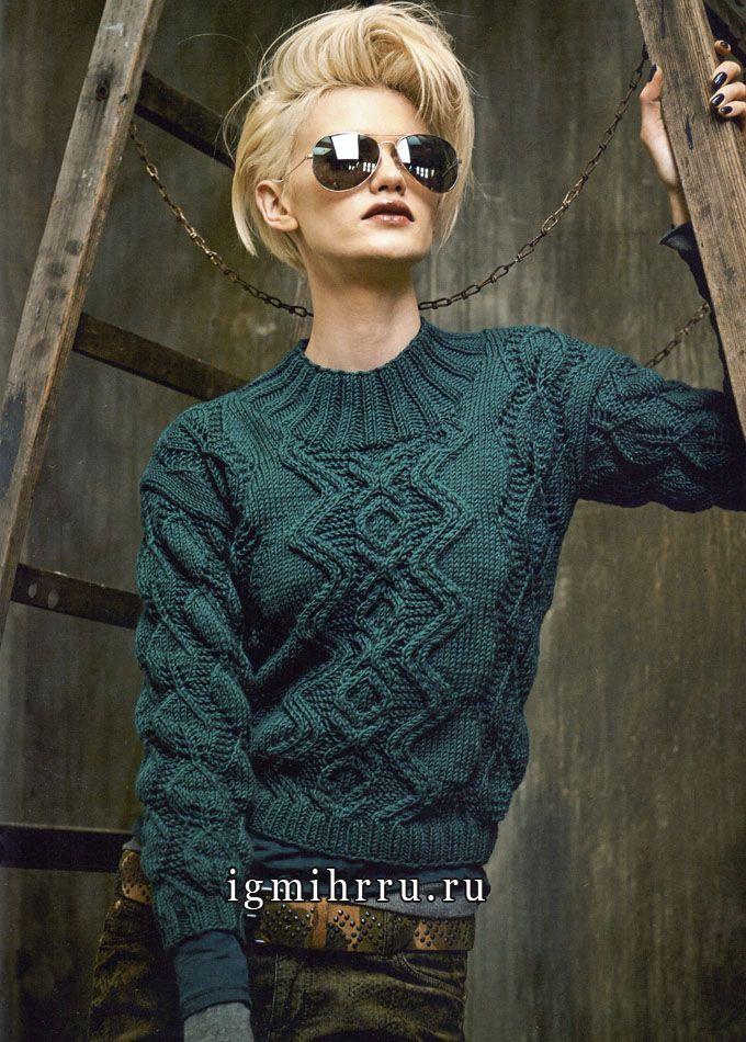 Зеленый пуловер с узором из листьев. Вязание спицами