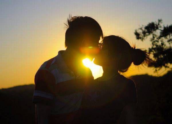 Настоящий мужчина не тот, который заводит новую девушку каждый вечер, а тот, который каждый вечер заводит одну и ту же…   фразы, афоризмы, цитаты