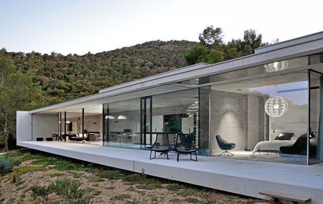 Casa La Mira Ra por AUM Pierre Minassian no sul da França   – Haus