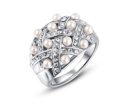 Silver-925-Unique-Pearl-Diamond-Wedding-Ring-for-Female-Heavy-Pearl-in-center