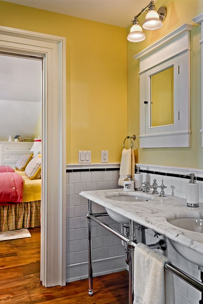 35 best Chair Rail and Panel Molding Ideas images on Pinterest ...