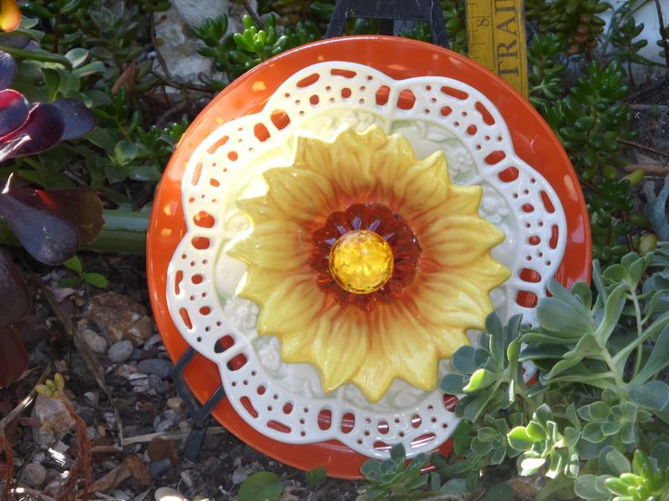 Garden Plate Flower #691 Drought Resistant. Garden Yard Art Glass And  Ceramic Plate Flower