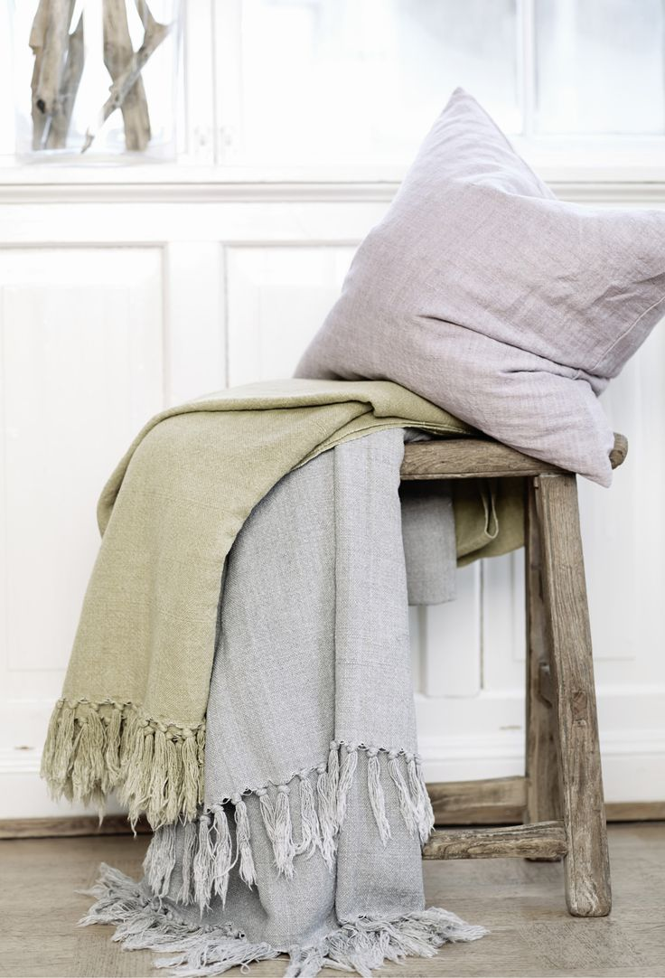 Linen throws - Engen & Engen