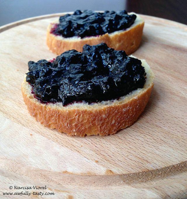 Dulceata de afine! Blueberry jam!