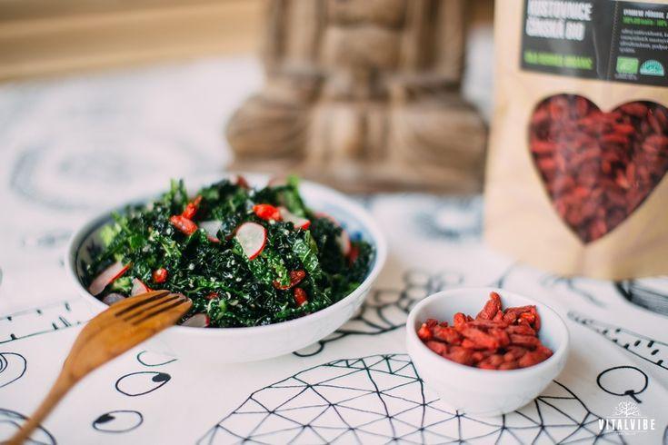 Kale salad with radishes according to Lucie Aujeska - Vitalvibe