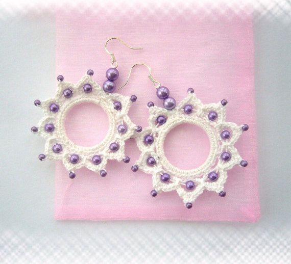 Crochet Beaded Earrings  Cotton Dangling Circle di CraftsbySigita, $12,00