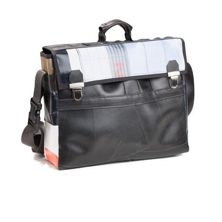 We call the folder architect, Roncroi is spacious for documents, drawings and computer books. €150 http://kheperbags.it/en/1019/Roncroi.htm