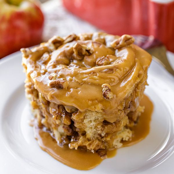Caramel Apple Sticky Roll | thecozyapron.com, Kaity is going to love these!