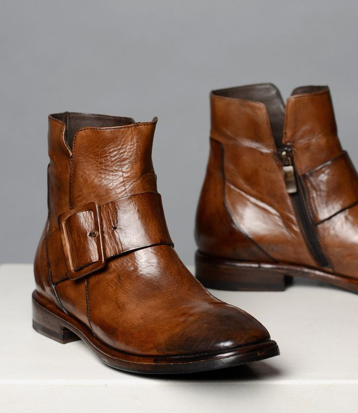 Handcrafted In Italy Finest Leather Shoes Sneakers Boots Women Bed