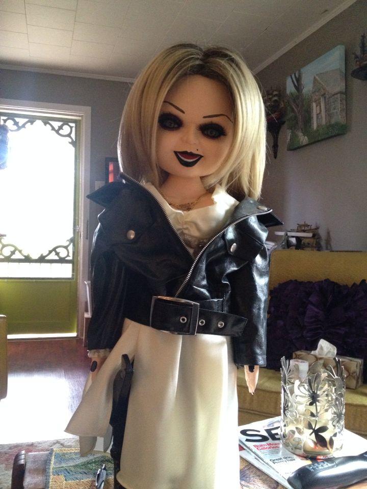 Lesbischen Schätzchen Tiffany Doll ist, schlecht behandelt von Ihren fiesen freundin