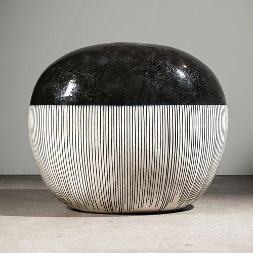 Jun Kaneko Black and White ceramics exhibition at Bentley Gallery