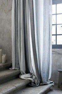 Lenvászon függöny, szép fénye, meleg tapintása teszi közkedveltté