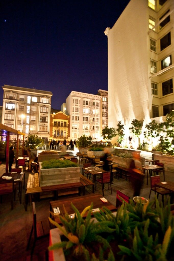 One of the few large outdoor spaces to hang in SF. In the TL but popular with a classy after-work crowd. I dunno -- Maybe it was just too chilly on the day I was there, but a few extra heat lamps wouldn't hurt! You can smoke outside too if you so desire.