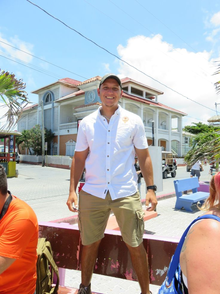San Pedro, Belize is a town of amazing food. From the fruit stands to the street vendors to the more upscale restaurants, it's not easy to find a bad loca
