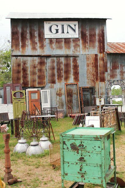 Curious Details: Warrenton, TX Antique Week