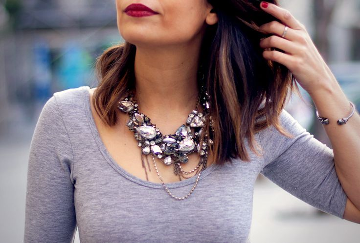 what-do-i-wear:    Body:Topshop (Old),Falda/Skirt:ASOS,HERE(image:collagevintage)