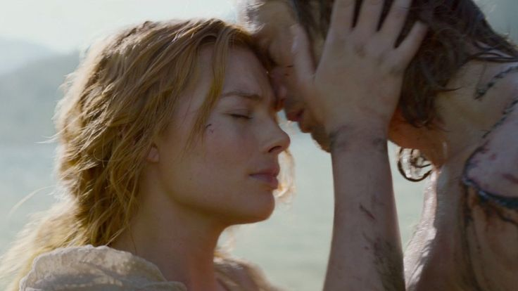 The Legend of Tarzan. Jane and Tarzan. Margot Robbie and Alexander Skarsgard.