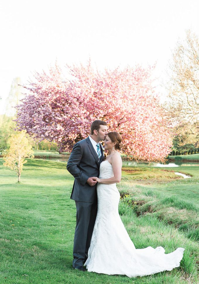 Golf course bride and groom portraits. Eagle's Nest (formerly Towson Golf &  Country Club