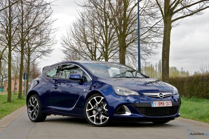 Front/side profile, Astra OPC 280 bhp, Buzz blue