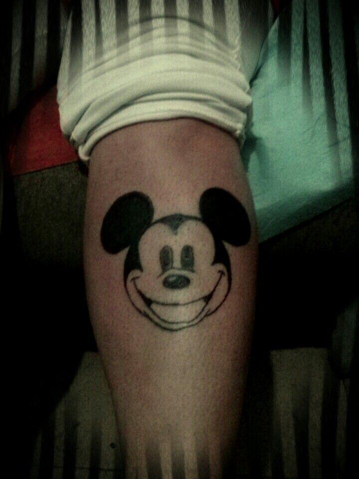 #mickeymouse #tattoo #razgunio