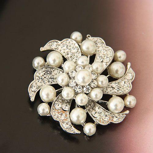 Min Order is $10 Friendship Cheap Fashion Flower Dress Brooch Pearl Rhinestone Women Brooches For Wedding Free Shipping
