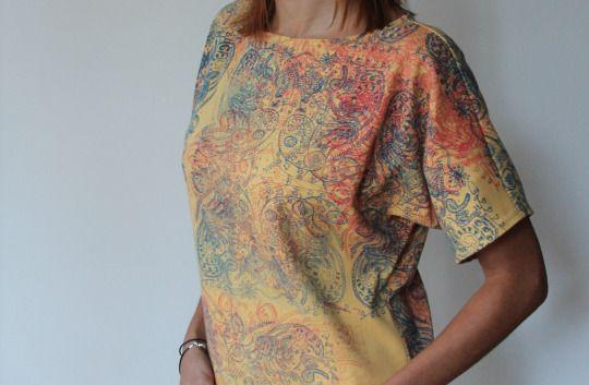 Yellow t-shirt in flower print