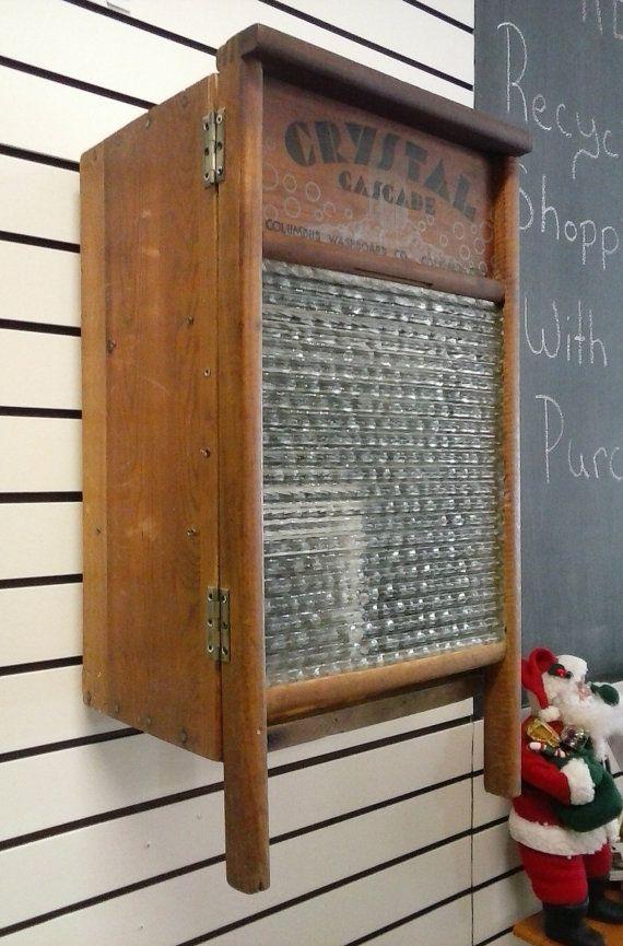 Upcycled verre Washboard Crate Tenture murale en bois placards de rangement. Maison primitive Decor.Bathroom pharmacie ou armoire de cuisine aux épices